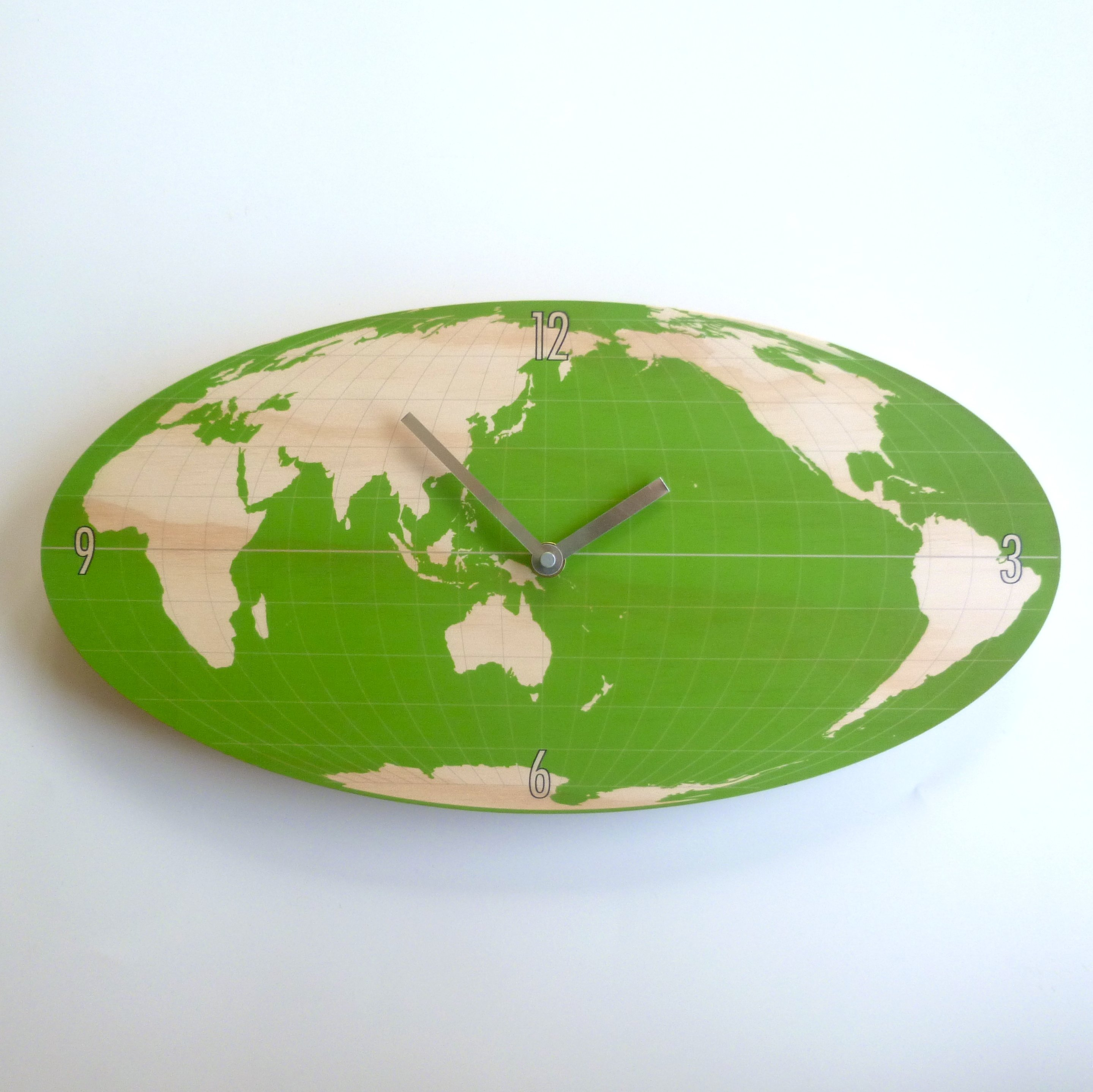 Green oval world map wall clock gumiabroncs Gallery
