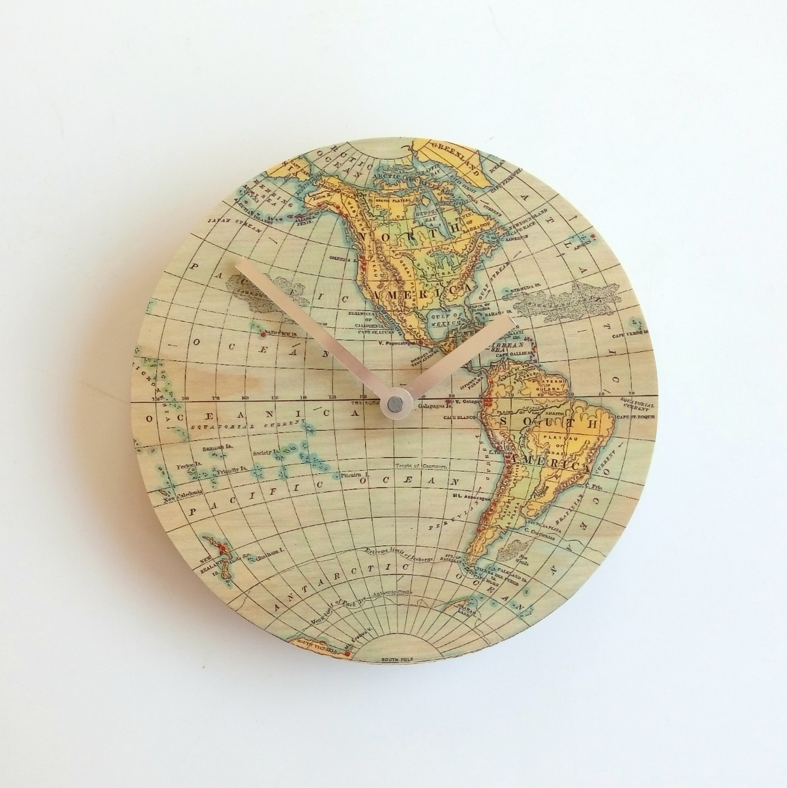 Vintage map wall clock gumiabroncs Gallery